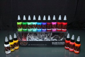 World Famous Ink - Master Mike Asian Colour Set - 16 x 30 ml / 1 oz