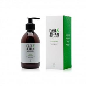 Carl & Johan - Body Milk - Blackwood - 300 ml / 10 oz